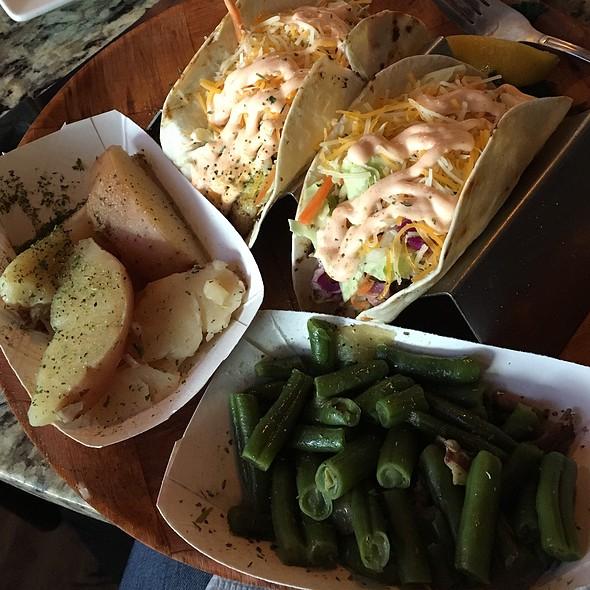 Blackened Mahi Mahi Tacos @ Capt. Bill's Beach Kitchen