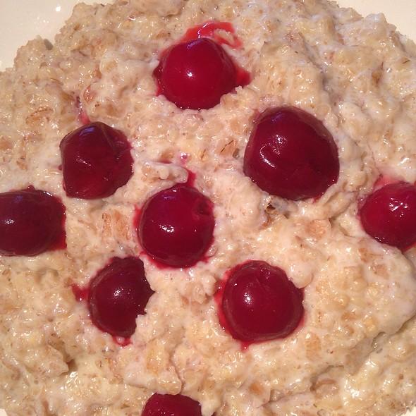 Wheat, Oat, Barley and Rye Porrige with Cherries