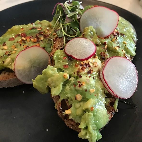 Avocado  Toast @ Blank Slate