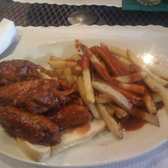 BBQ Chicken Wings and Saucy Fries @ Charlie Staples Bar-B-Q