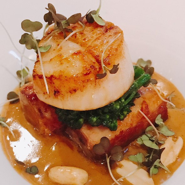 Seared Scallop Peanut Sauce @ Marmalade