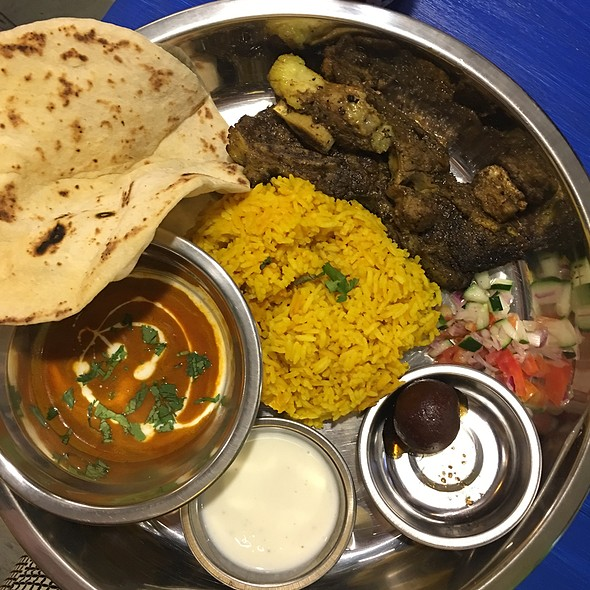 Grilled Beef Short Ribs Rogan Josh @ Naan
