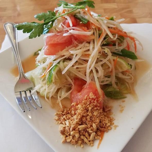 Papaya Salad @ Simply Thai
