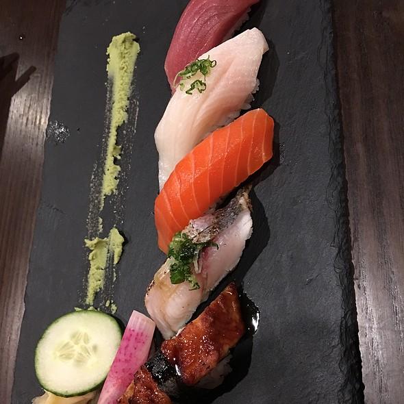 Nigiri Tasting @ Mikado Sushi