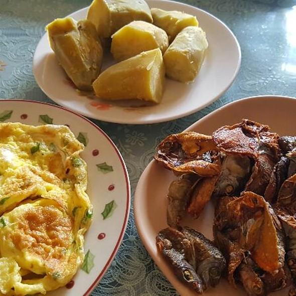 Scrumbled Egg, Sweet Potato & Danggit