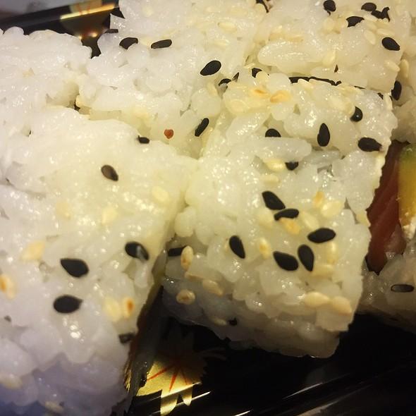 Uramaki @ ./lsd Cooking Pot