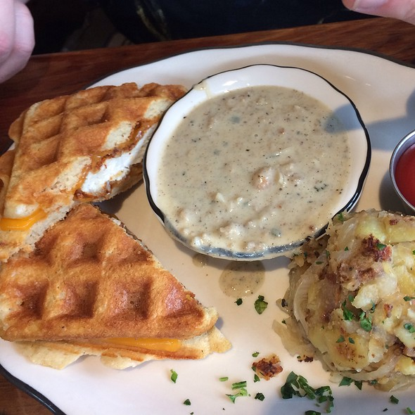 Chicken and Waffles @ The Old Causeway