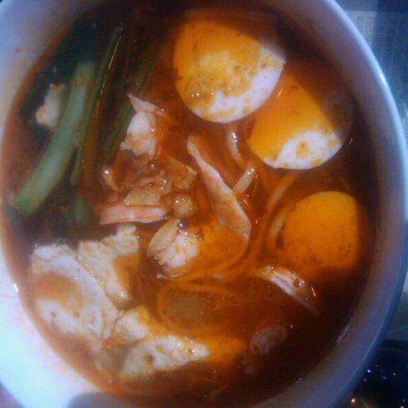 Malaysian Prawn Mee Soup @ Hawkers Asian Street Fare