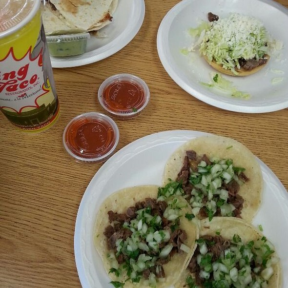 Asada Tacos @ Taco King