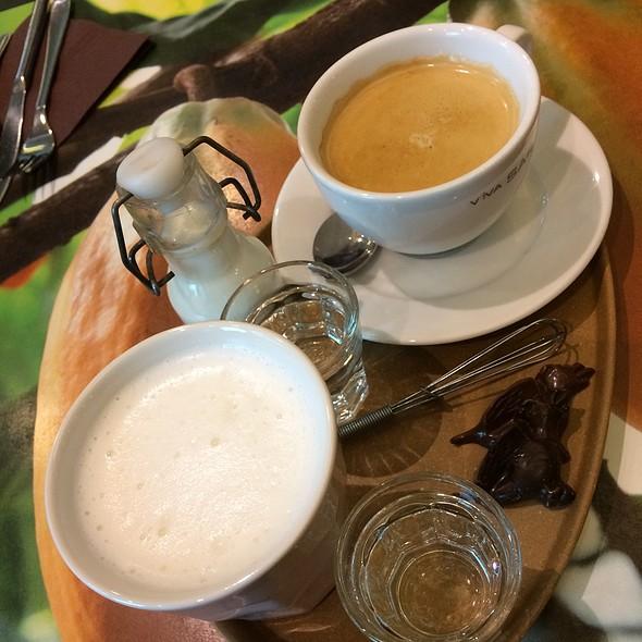 Coffee And Hot Chocolate @ Chocolato