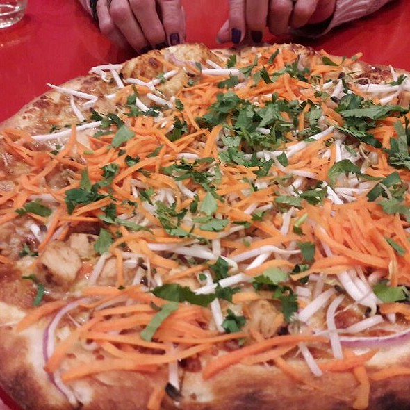 Spicy Thai Chicken Pizza @ Z Pizza Laguna Beach