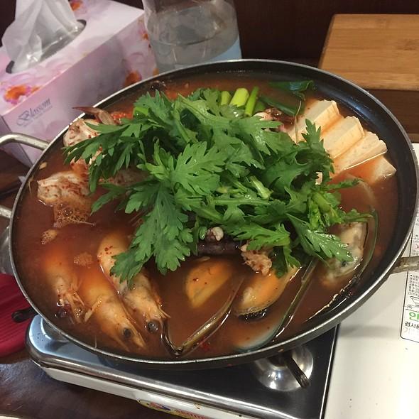 Seafood HotPot @ Mi Rac Eastwood Korean Restaurant