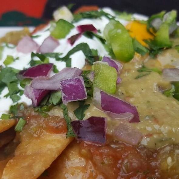 Nachos With Cheese And Guacamole @ 4 Gringos