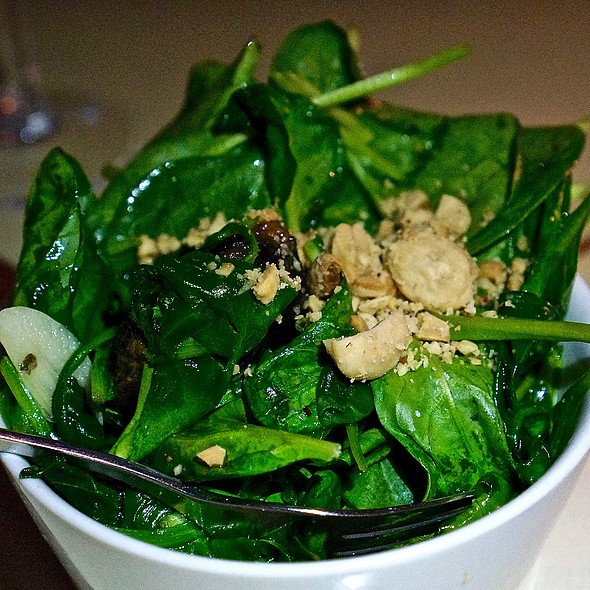 Sautéed spinach, fig, garlic, marcona almonds
