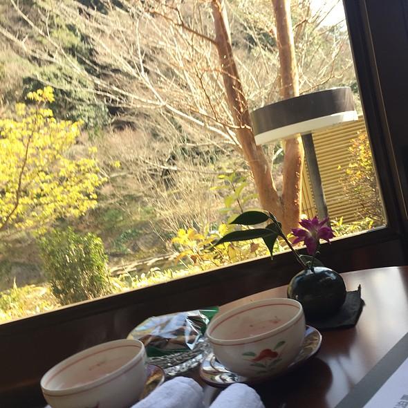 桜茶 (Sakura Tea)
