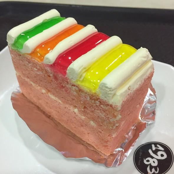 Old World Rainbow Cake @ 1983 A TASTE OF NANYANG