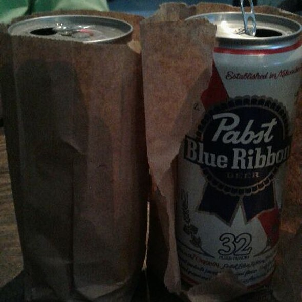 32 Oz PBR @ Pizza Rock