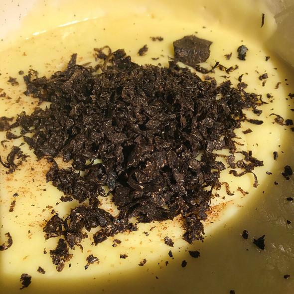 Black Truffle Cheese Fondue