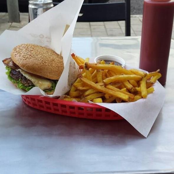 Max Burger Menu