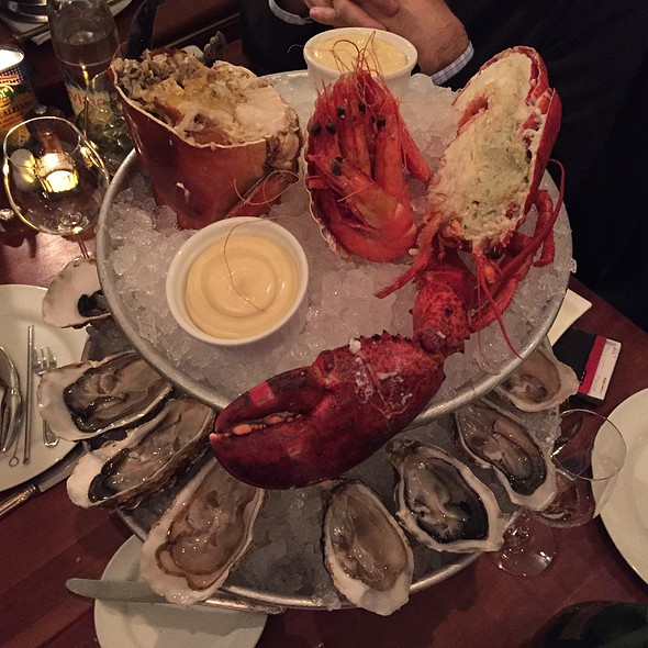 Plateau de Fruits de Mer Royal