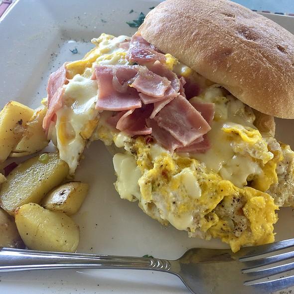 Rapa Nui Egg Sandwich