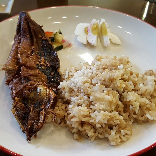 Boneless Bangus @ Alek Cafe + Kitchen