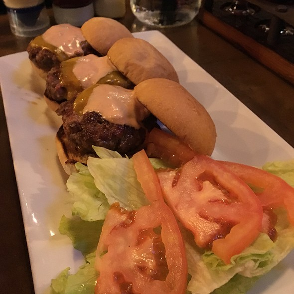 50/50 Sliders With Beef And Pork