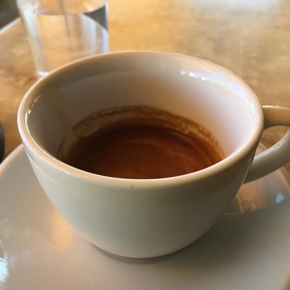 Double Espresso @ Απολλώνιον Bakery Patisserie
