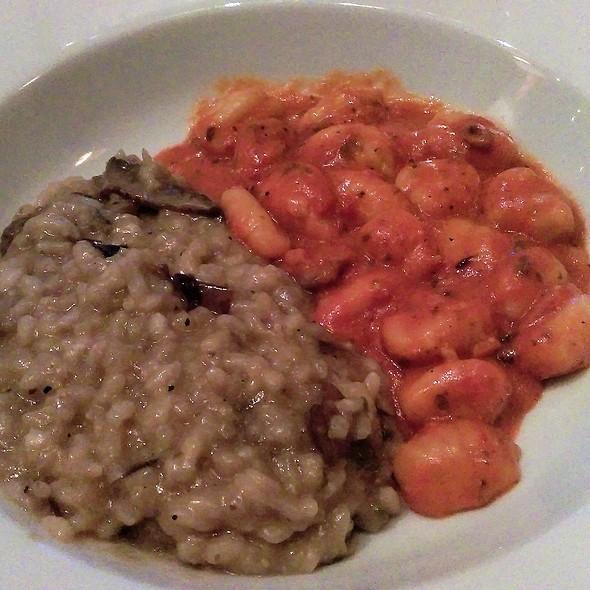 Gnoochi in Rose Sauce, Risotto with Porchini Mushrooms & Parmigiana