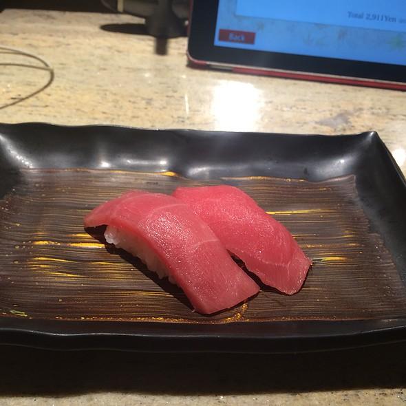 Tuna Nigiri @ CHOJIRO 四条木屋町店