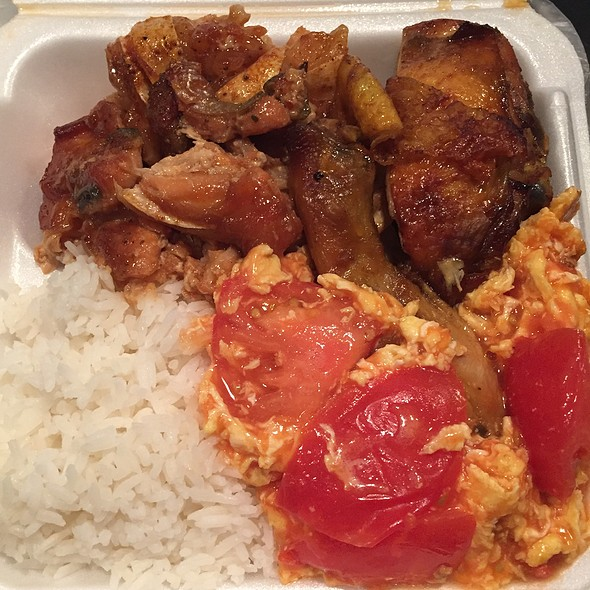 Fish, Chicken And Eggs With Tomato
