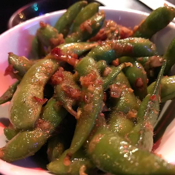 Spicy Garlic Edamame @ Hanabishi Izakaya & Sushi Bar