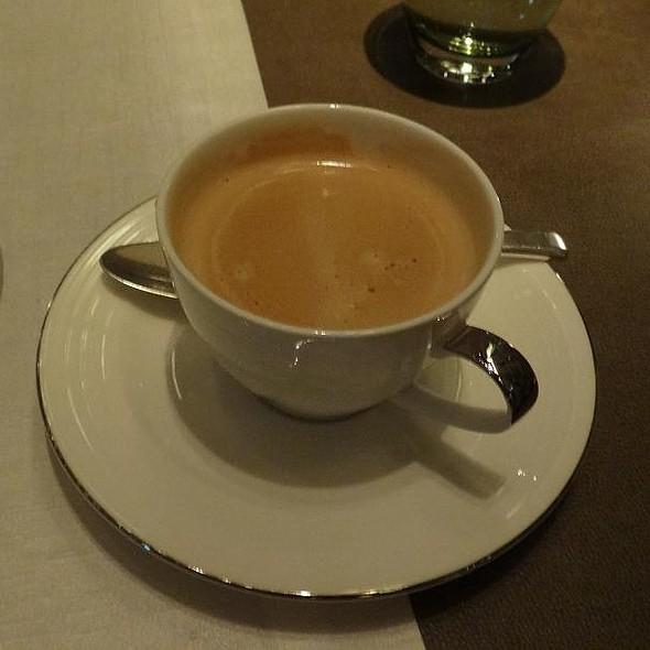 Coffee @ Piacere Tokyo