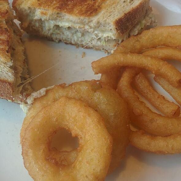 Tuna Melt @ Diner On 55th
