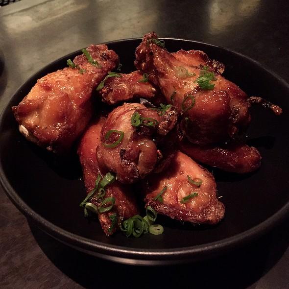 Sayap Ayam Goreng @ Wink & Nod