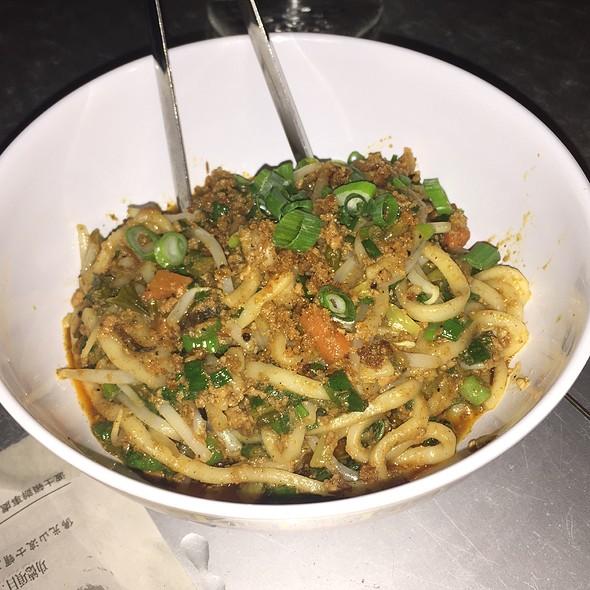Hot Szechuan Dan Dan Noodles @ Myers+Chang