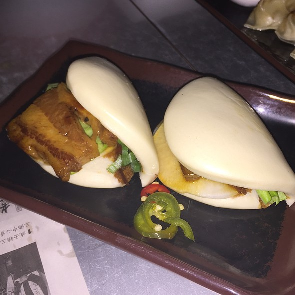 Braised pork belly buns @ Myers+Chang