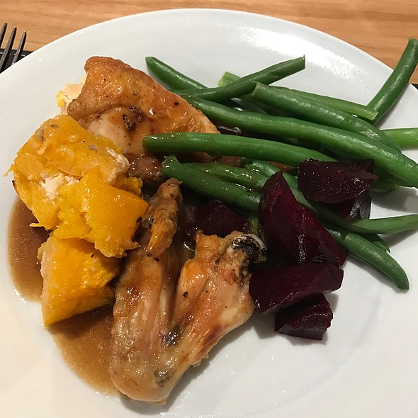 Baked Chicken And Veggies @ Chookys