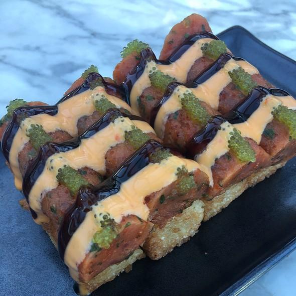 Tuna Crunchy Rice Cake