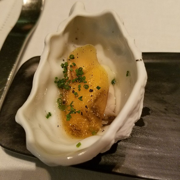 Oyster, cupuacu, whiskey and mango