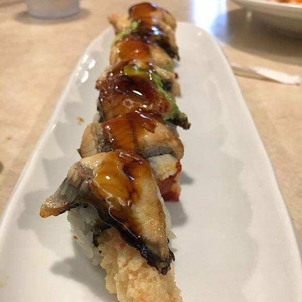 Purdue Roll @ Maru Sushi