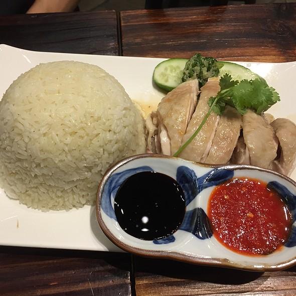 Hainanese Chicken Rice @ Kreta Ayer
