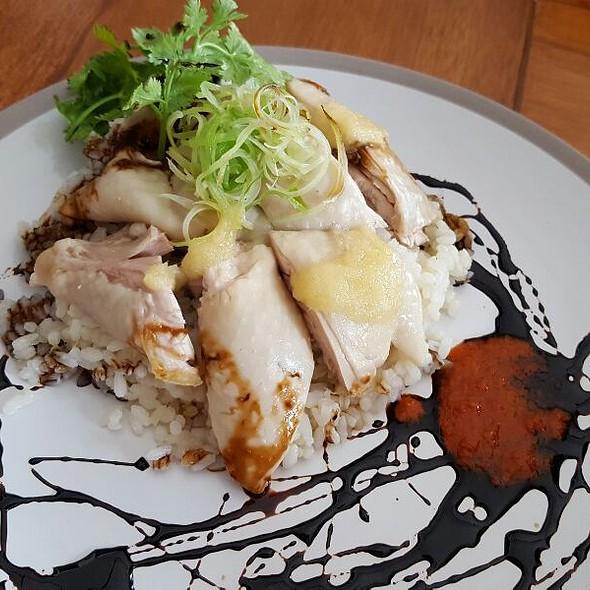 Hainanese chicken @ Balestier