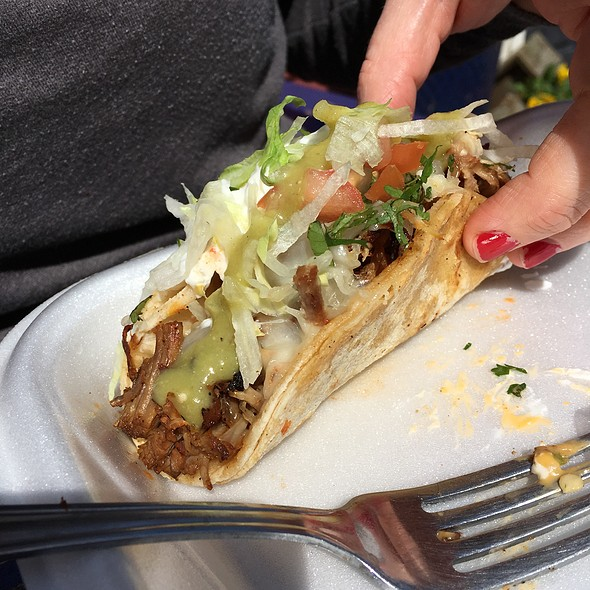 Carnitas Taco Supreme