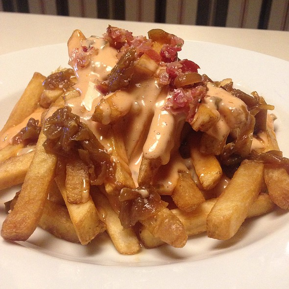 Piggy Style Fries @ Tipsy Pig