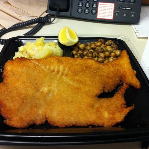 Chicken Schnitzel Platter @ Schnitzel & Things