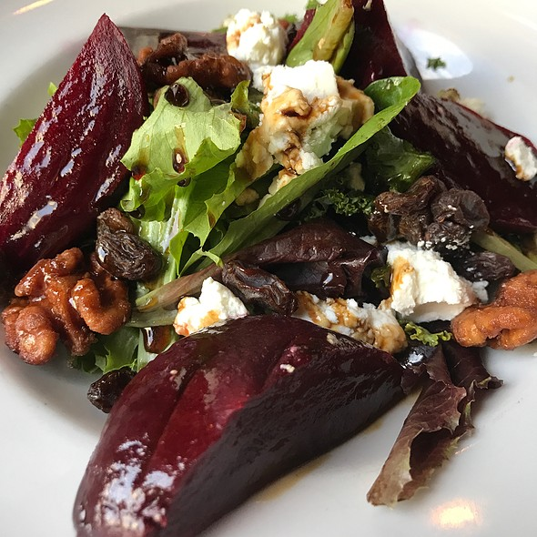 Roasted Beets, Goat Cheese Candied Walnuts Salad