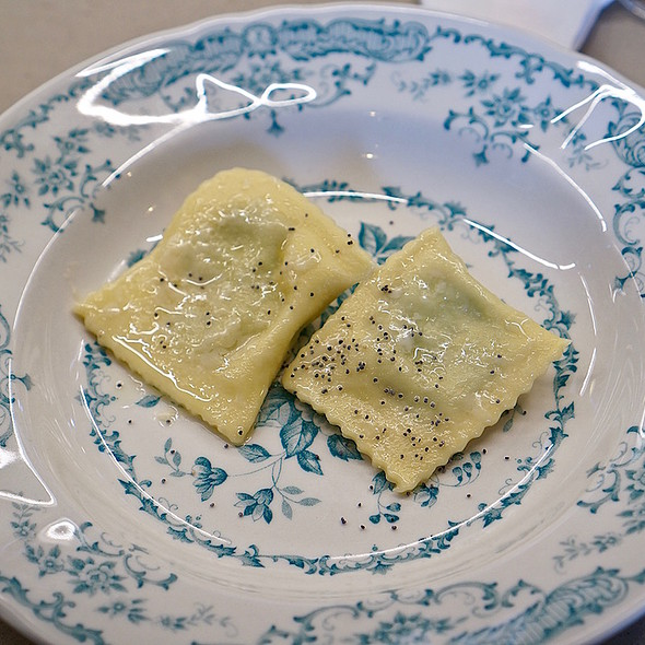 Spinach And Buffalo Ricotta Ravioli With Sage And Butter