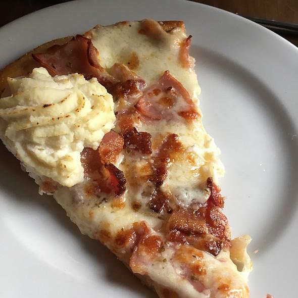 Valencia Thin Crust