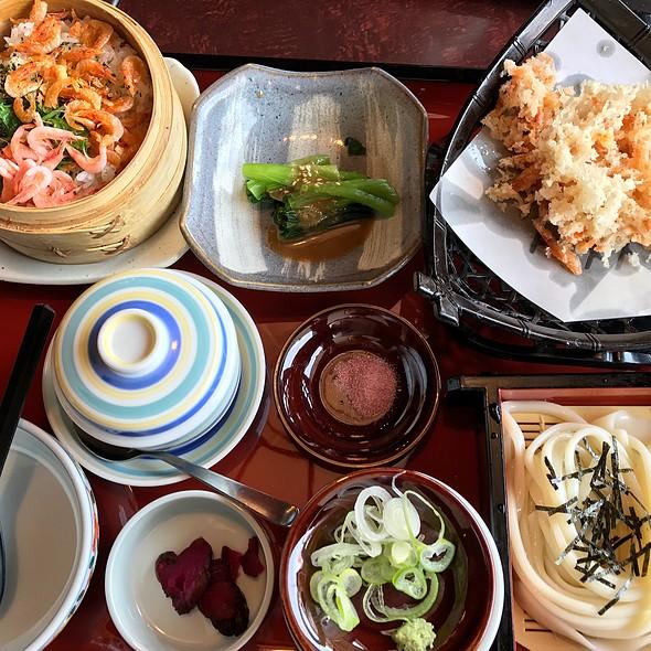 桜海老のランチ定食 @ 味の民芸 小田原店